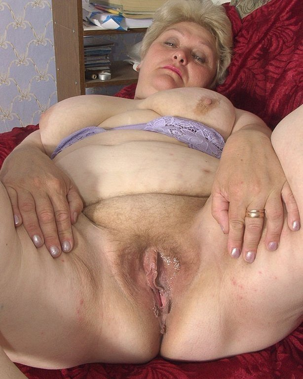 Huge load cumshot huge tits