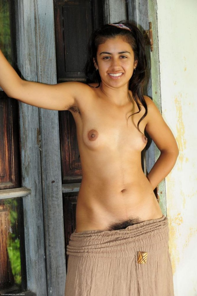 sexy-indian-girl-naked-without-face
