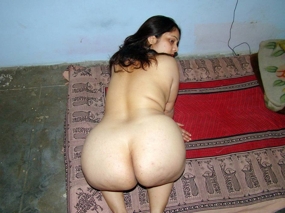 the-desi-sexy-nude-ass
