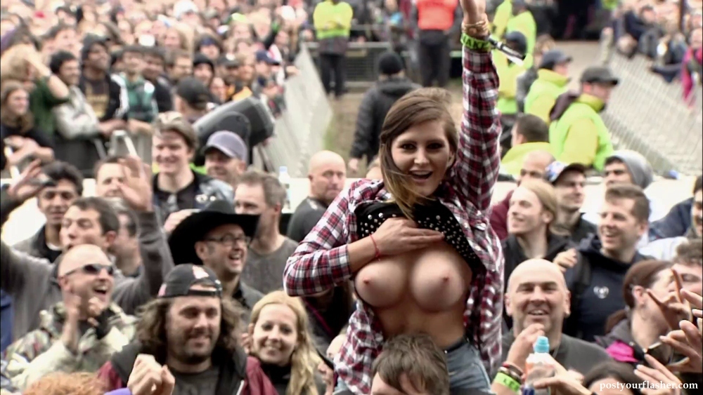 girls-at-concert-naked-muscles-used-in-sex