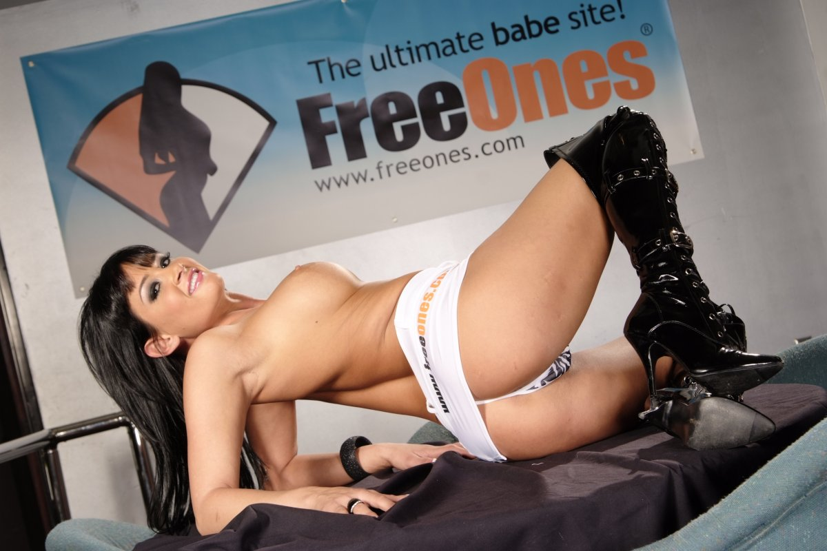 Blowjob video freeones com the pornstar site austin
