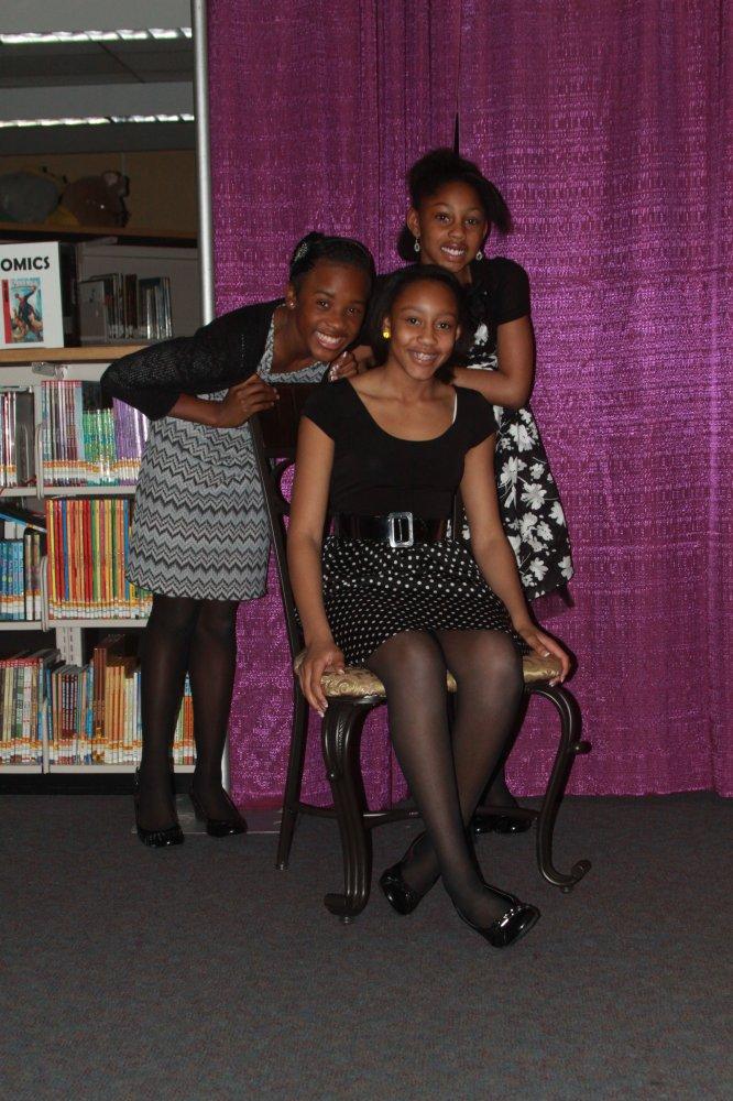 Ebony lesbians in pantyhose