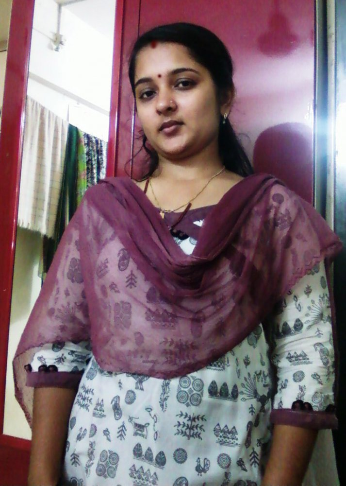 Mangala Bhabhi I Love U, Photo Album By Chilipi007 -8429