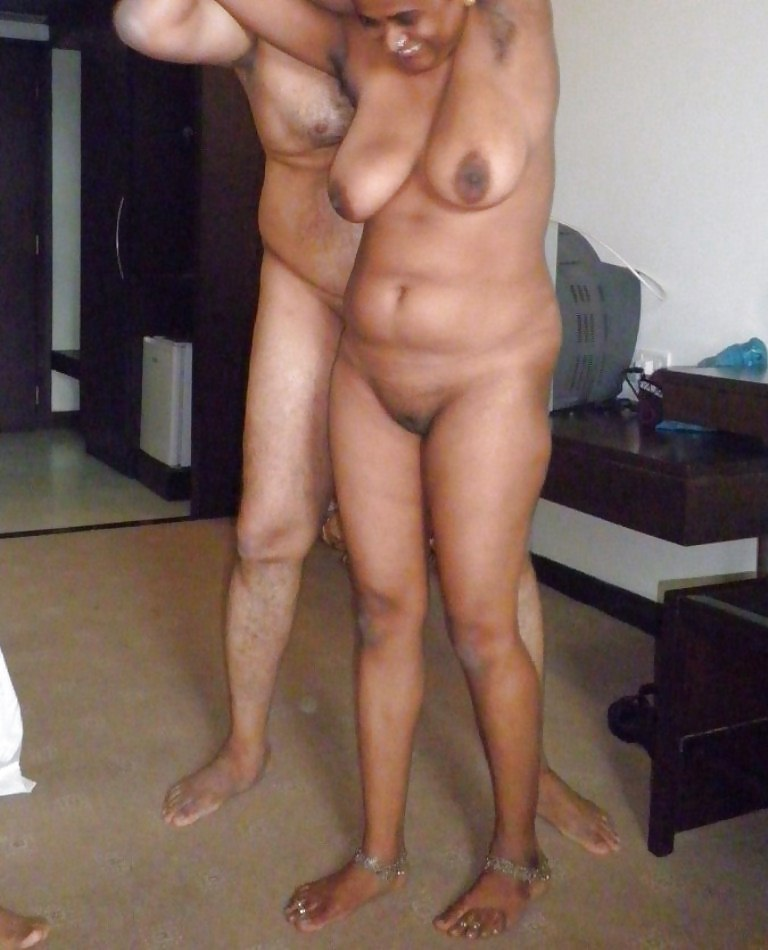 Man aunty nude enjoy lsm young