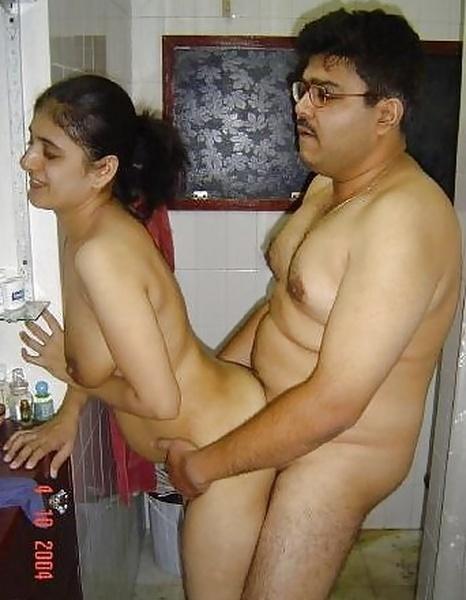 Sex kahani bhabhi and small boy