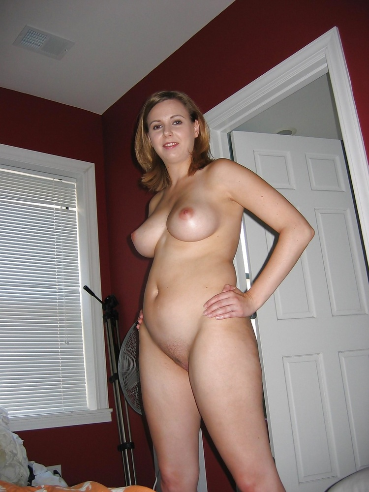 sexy woman with big tits sucks dick