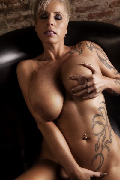 Vanessa Cool Tattoo Busty Mature, Photo Album By Oneonly80 - Xvideoscom-3053