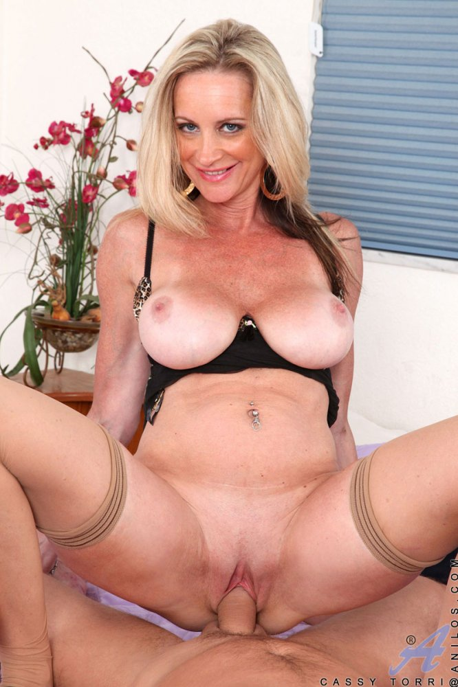 hardcore mature porn pic Hardcore Pictures - Page 1 - Women In Years.
