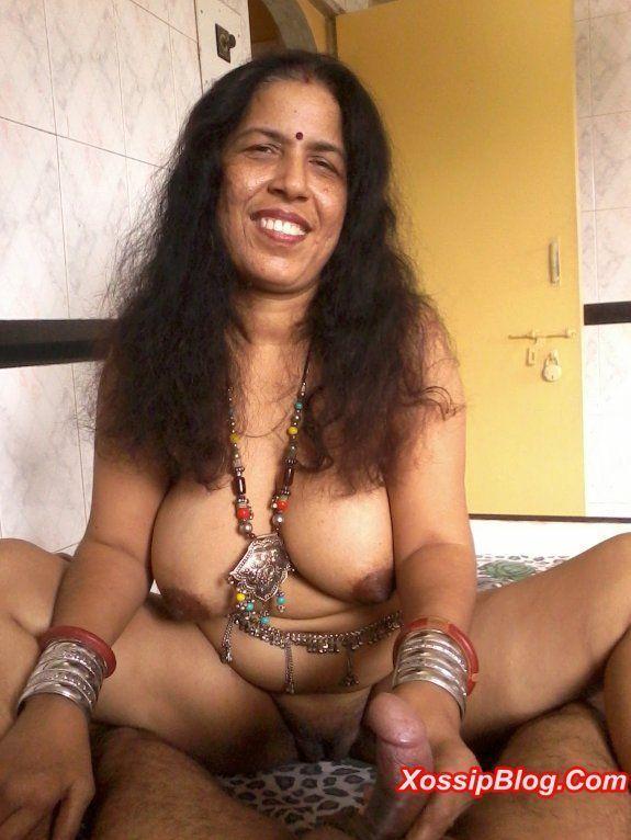 Desi Milf 21 Rajasthan Wali Aunty, Photo Album By -5079