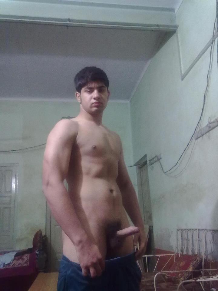 Desi Guys, All Straight Guys Tricked Into Giving Nude Pics -8607