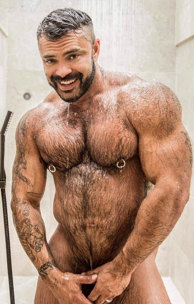 dvd-hairy-male-man-muscle-naked-streetblowjobs-brit