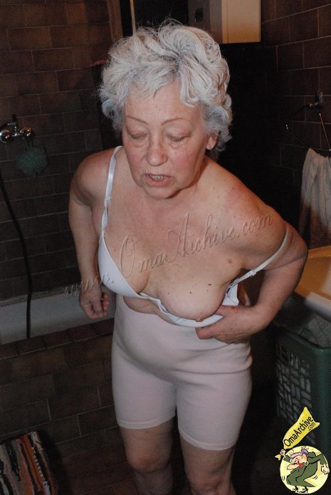 Grannies gone wild naked — pic 3