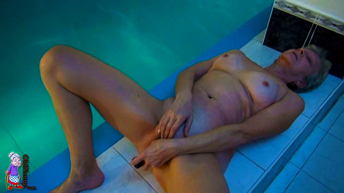 Naughty Pool Party, Photo Album By Old Nanny - Xvideoscom-9670