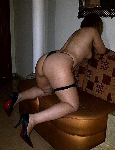 Ass rimming wife