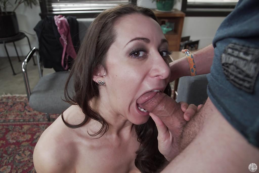 latina-cougar-blowjobs-coed-ass-pics-free