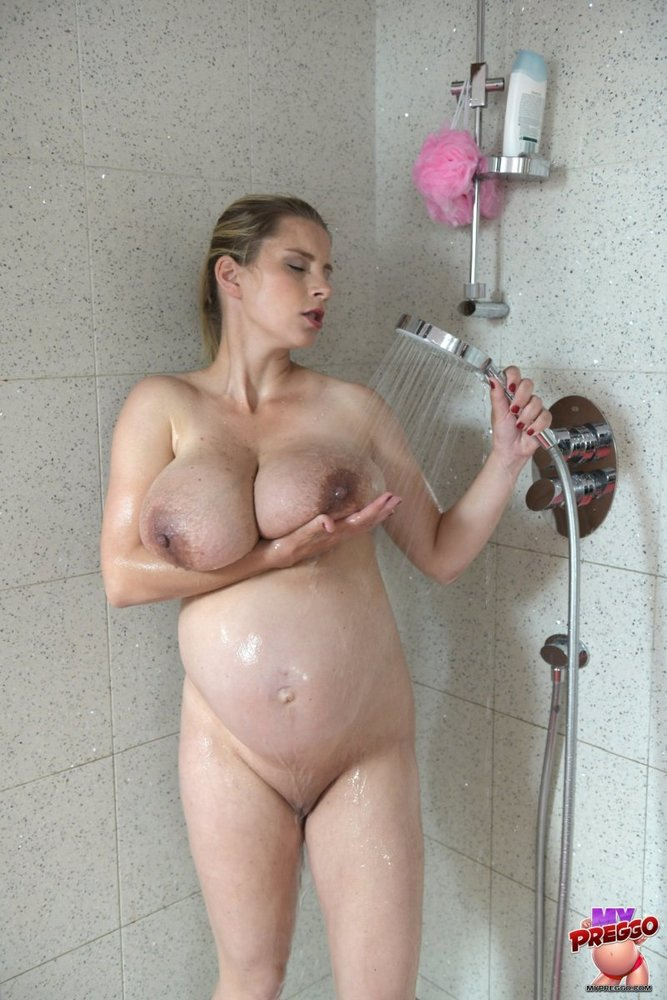 pregnant-sex-in-shower
