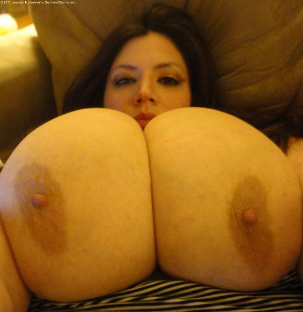Does have BBW MASSIVE BOOB TUMBLR girl with