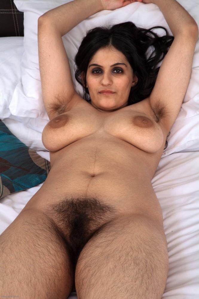 Волосатые лобки индианок — pic 8