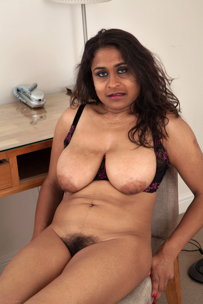 Pictures of naked matured indian ladies #9