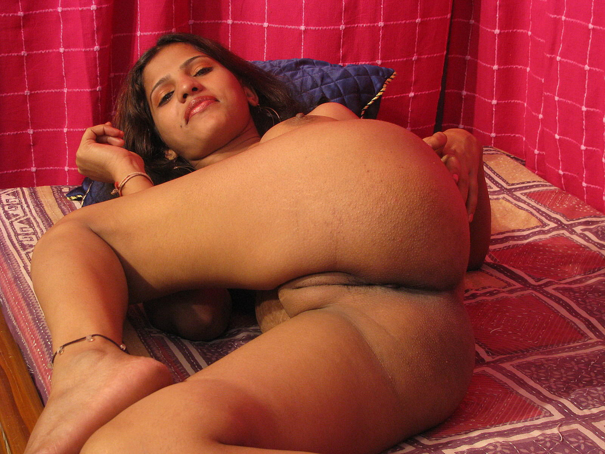 Indian naked women masturbating pictures