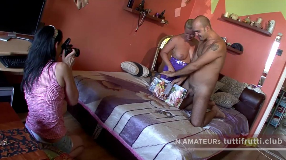 Hairy men jerk