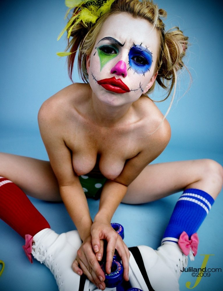 Clown posse babes naked — pic 6