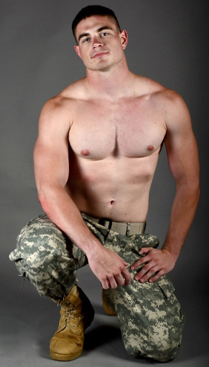 Free gallery gay military recruit