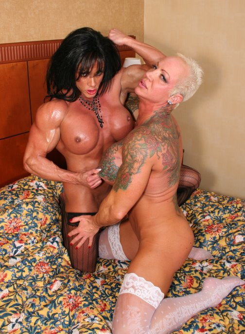 Lesbian muscle fuck, pusy and tits pics
