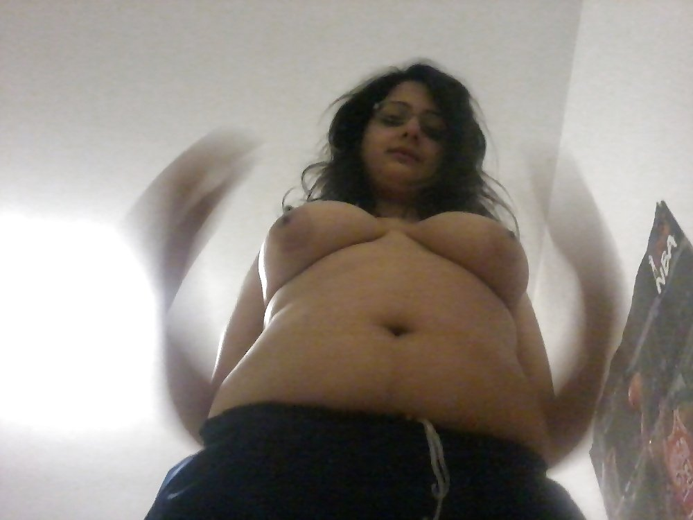 keez-chubby-indian-plump-anal