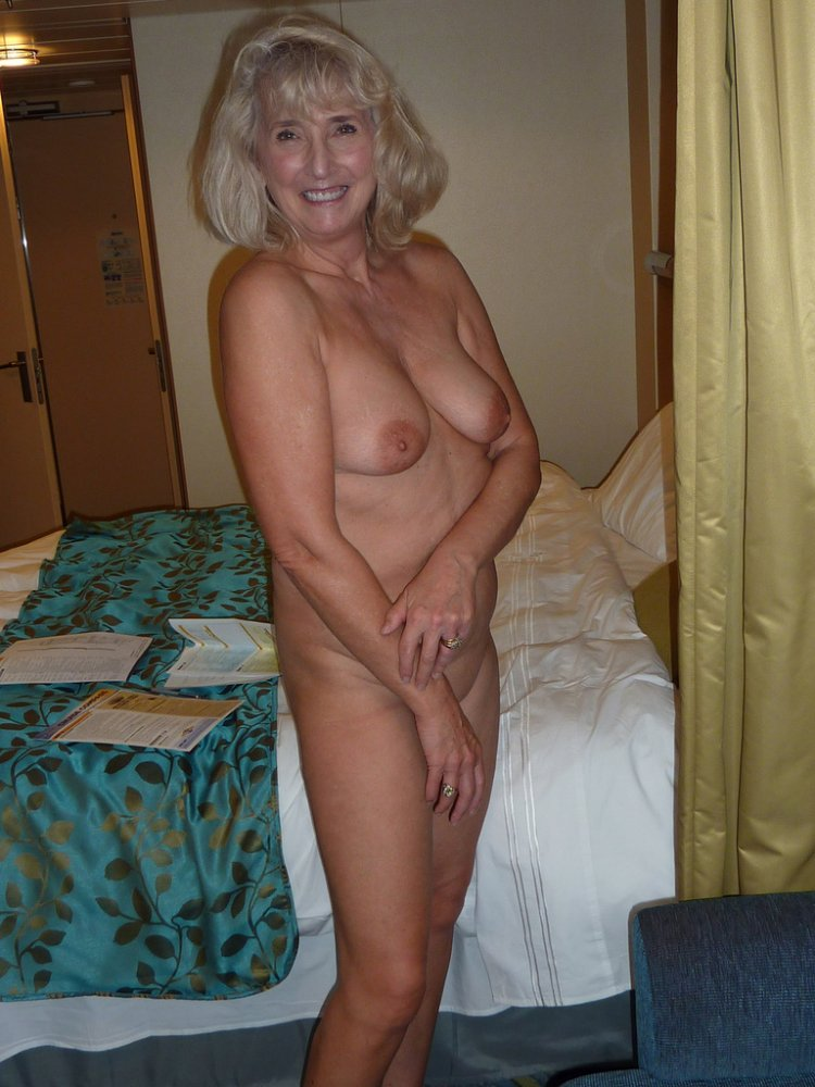 Fabulous Over 50 Hottie, Photo Album By Salacioust -8428