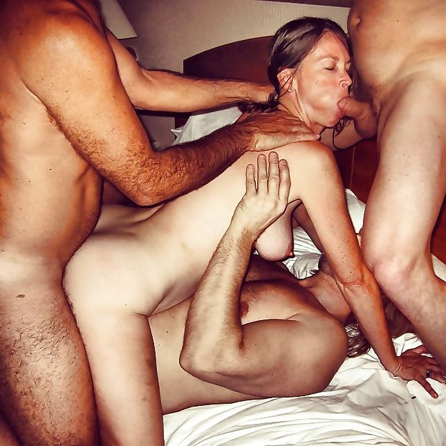 Nude mature middle eastern women