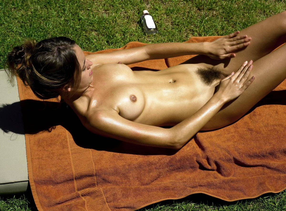 Hot women sunbathing naked, amateur porn sandra
