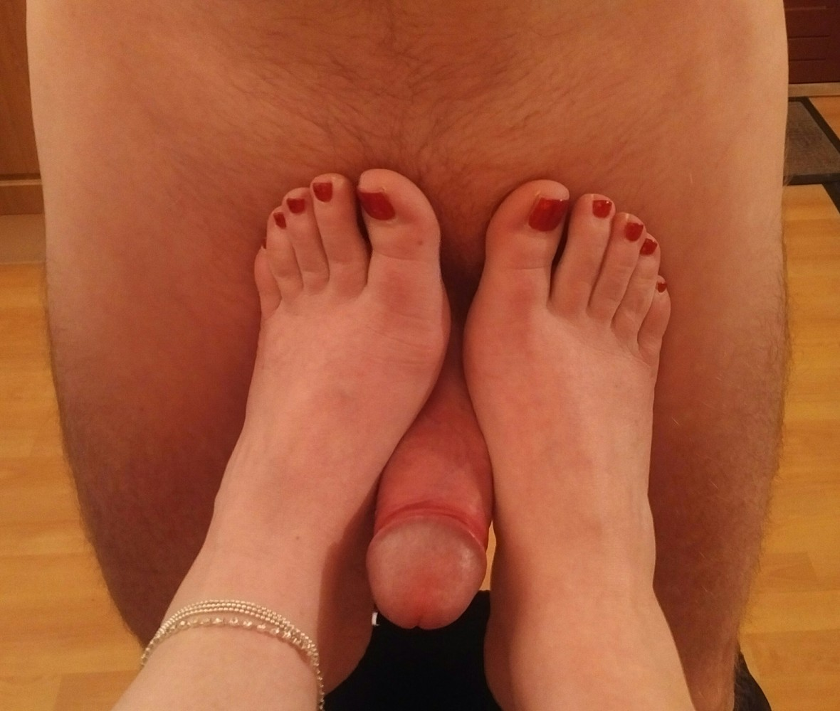 feet-and-dick-boy
