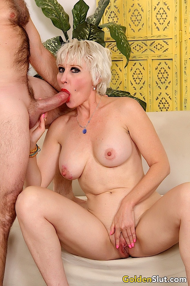 Horny Mature Blonde Dalny Marga With Big Tits Bared Giving Hot Head Tiava 1