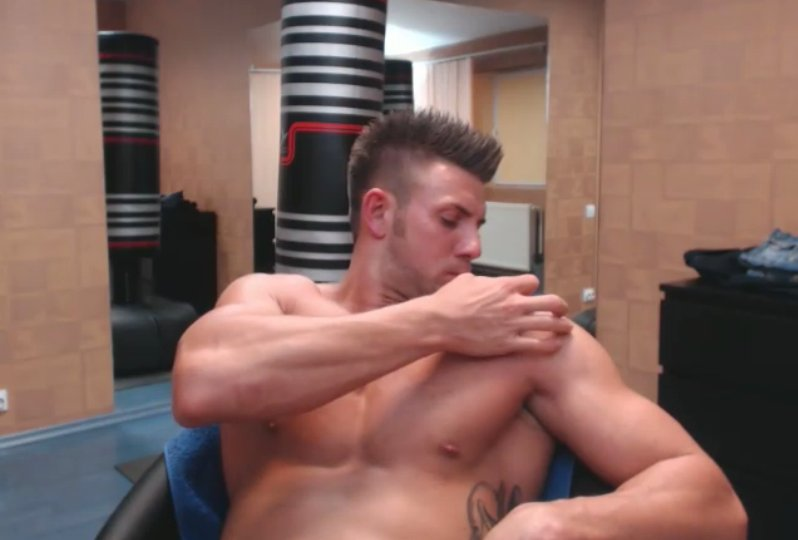 Ripped guys with big dicks