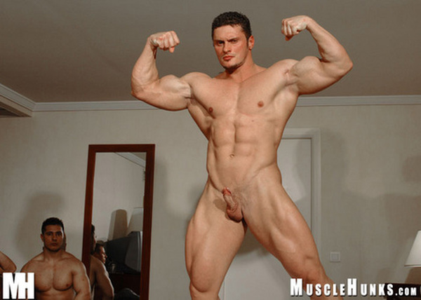 Nude small guy muscle #13