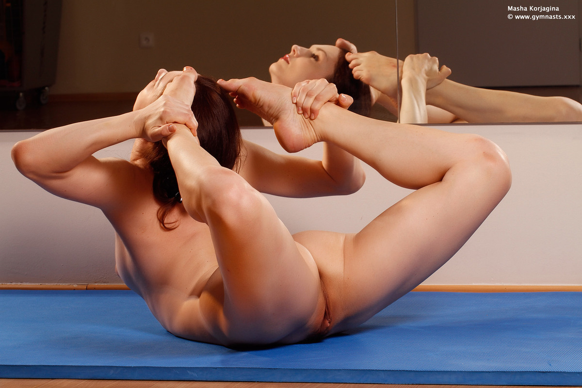Real naked yoga-2127