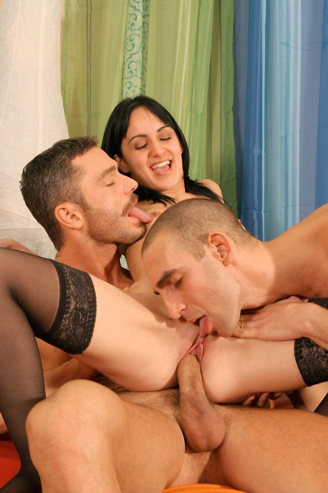 Bisex mmf fuck party