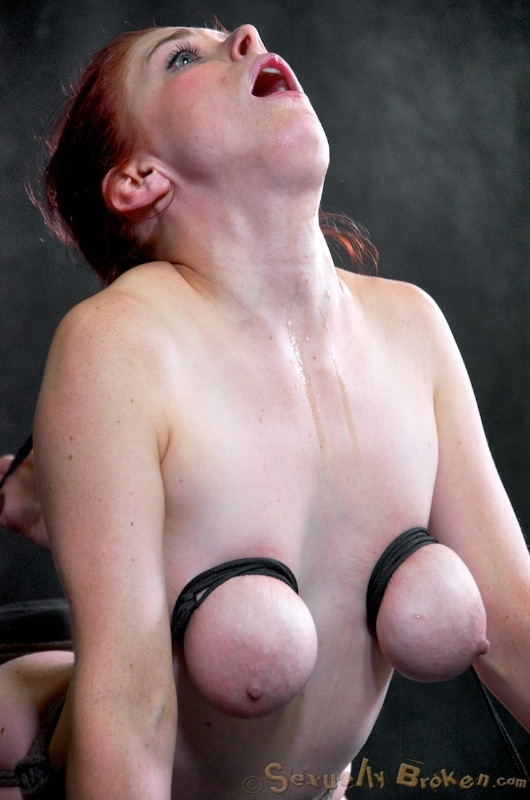 Saggy tit fetish mpegs — photo 14