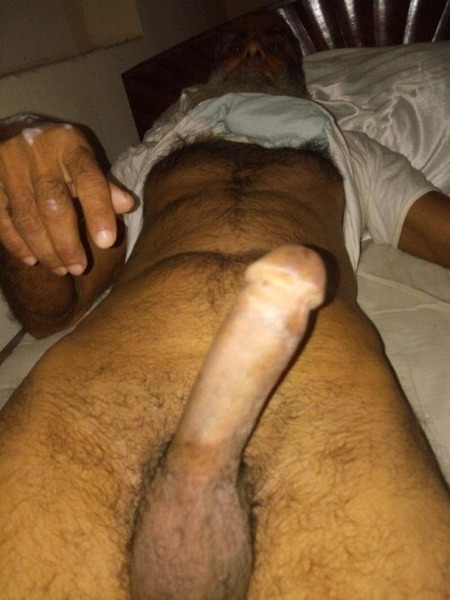 pakistani-man-dick-in-pussey-nude-mirror-masturbation