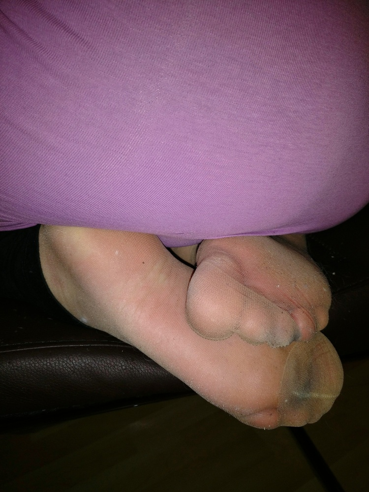 My Girlfriends Toes, Feet, Soles With Tights, Nylonsocks -3075