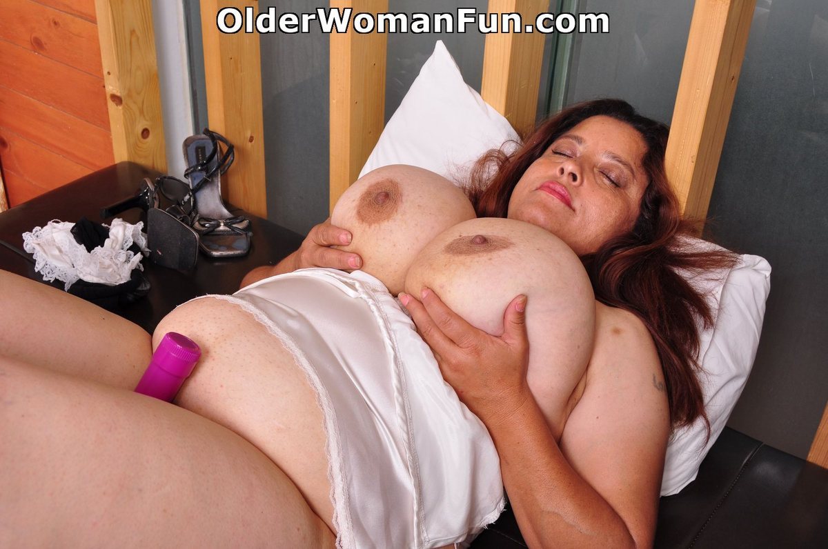 image Latina milfs rosaly and brenda need to get off