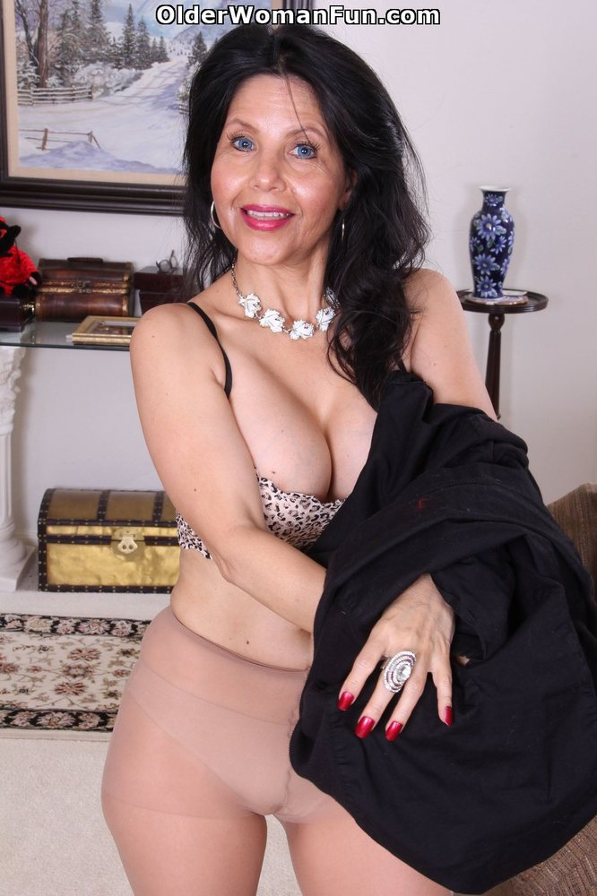 50yearold milf karolina strips out her gypsy flowing cloth 9