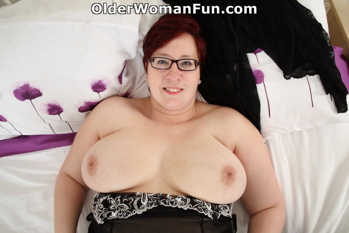 fat woman in pussy show