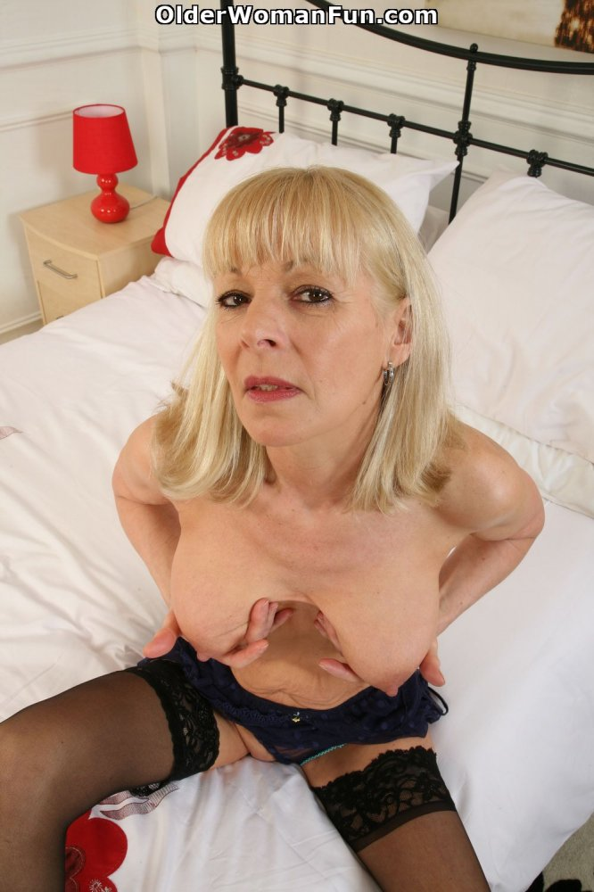 Mature creampie elaine 51 y - 2 part 6