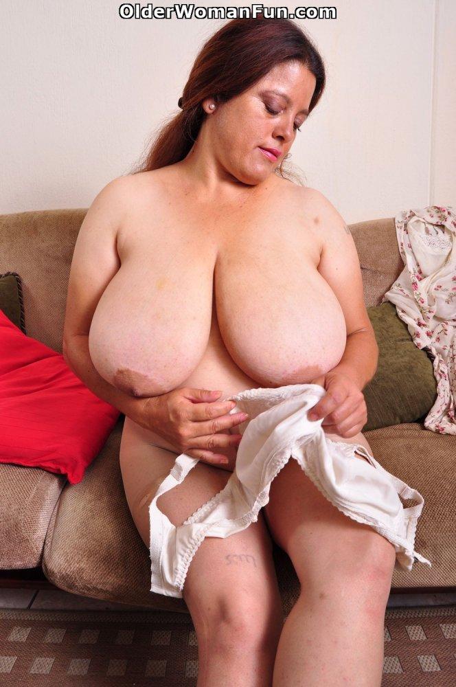 Chubby mature women videos-5239