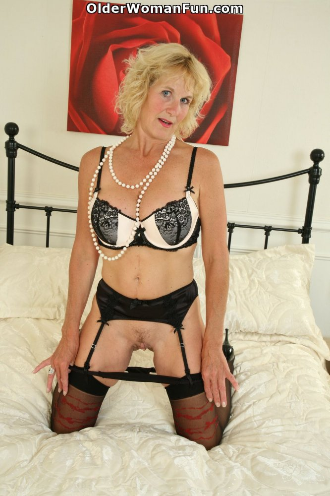 Mature creampie elaine 51 y - 2 part 7