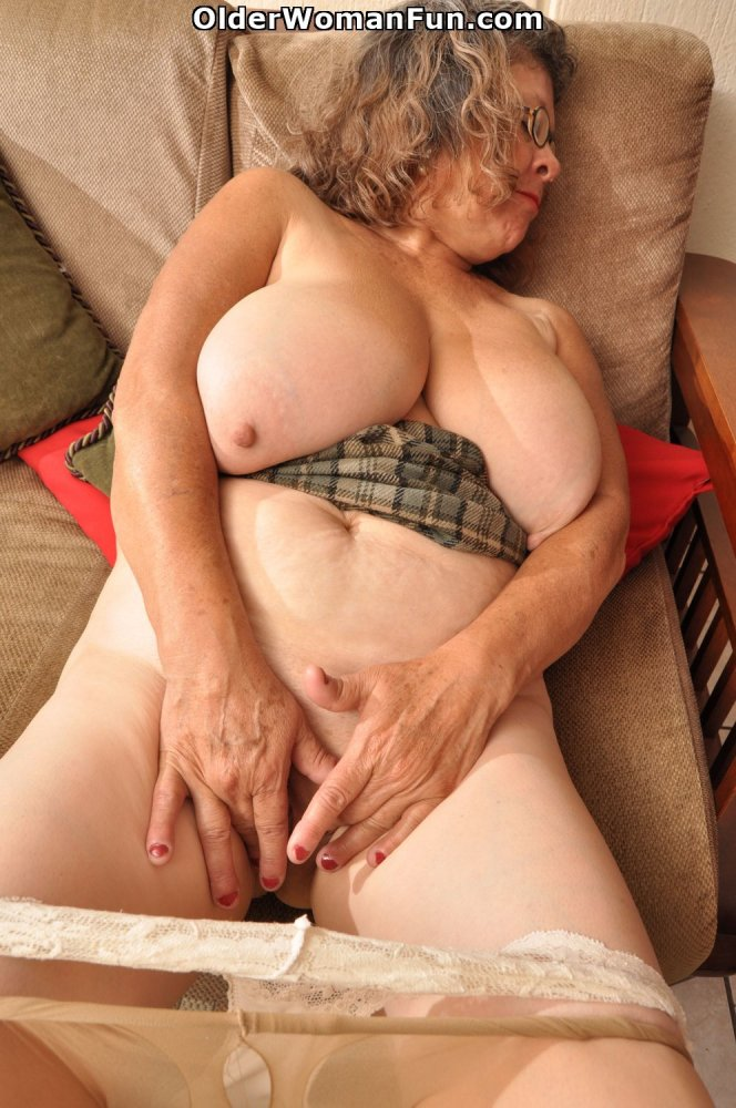 60year old wife comes home after fucking younger man - 4 1