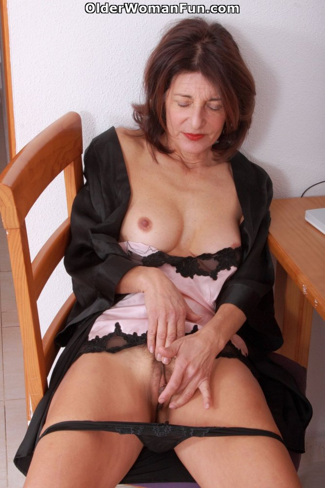 hairy older woman Emanuelle