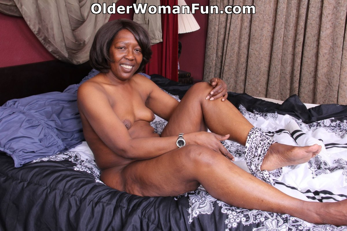 Free photo milf ebony
